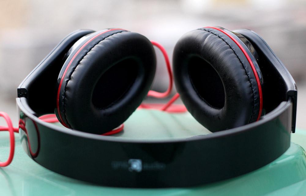 GMB Audio Detroit: компактная и доступная стереогарнитура.