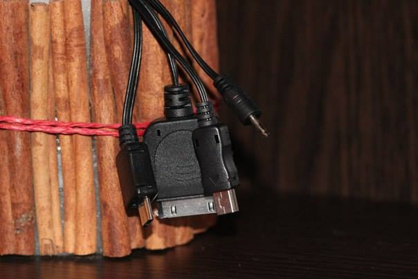 """Cablexpert A-USBTO15: """"для зарядки всех мобильных"""""""