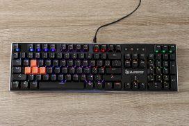 Обзор A4Tech Bloody B820R: оптическая игровая клавиатура с водозащитой и RGB-подсветкой